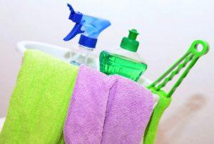 Strumenti per fare le pulizie